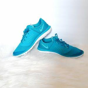 Nike FS Lite Run 2 blue size 8
